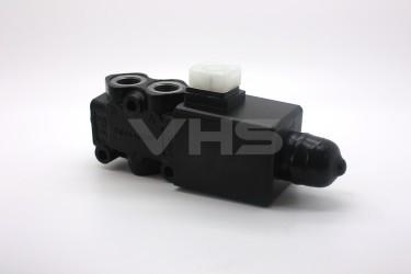 """Walvoil 3 Port 24V DC Solenoid Operated Diverter 1/2"""""""