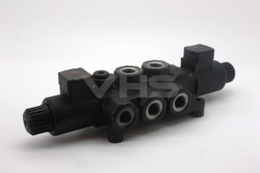 """Walvoil 8 Port 24V DC Solenoid Operated Diverter 3/8"""""""