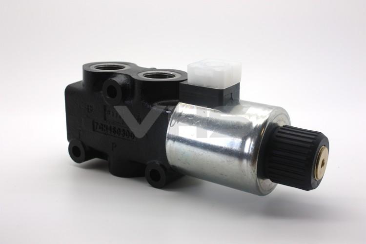 """Walvoil 3 Port 24V DC Solenoid Operated Diverter 3/4"""""""